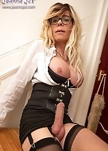 Joanna Jet -Day at the Office